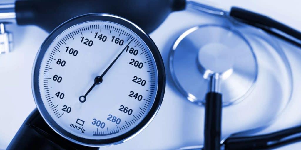 hipotenzija gali virsti hipertenzija gretutinės hipertenzijos diagnozės